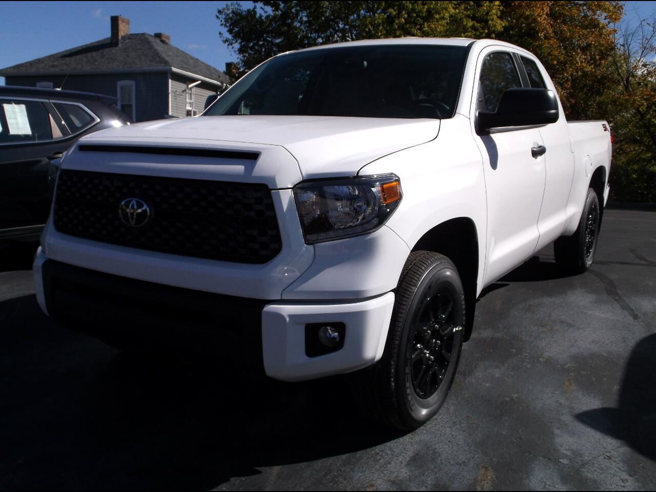 Toyota Tundra 4WD SR5 Double Cab 6.5' Bed 5.7L (Natl) 2020