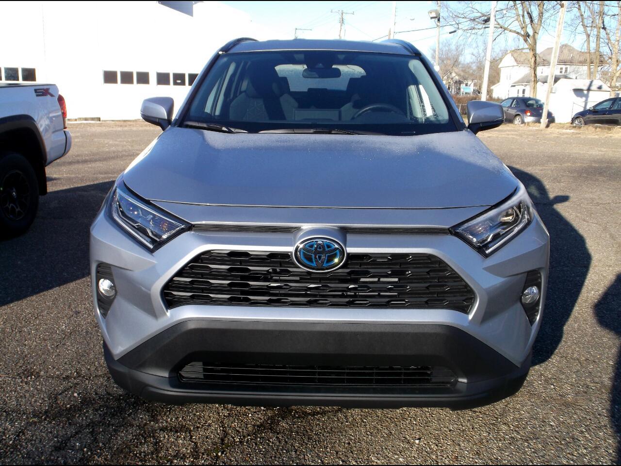 Toyota RAV4 Hybrid XLE AWD (Natl) 2021