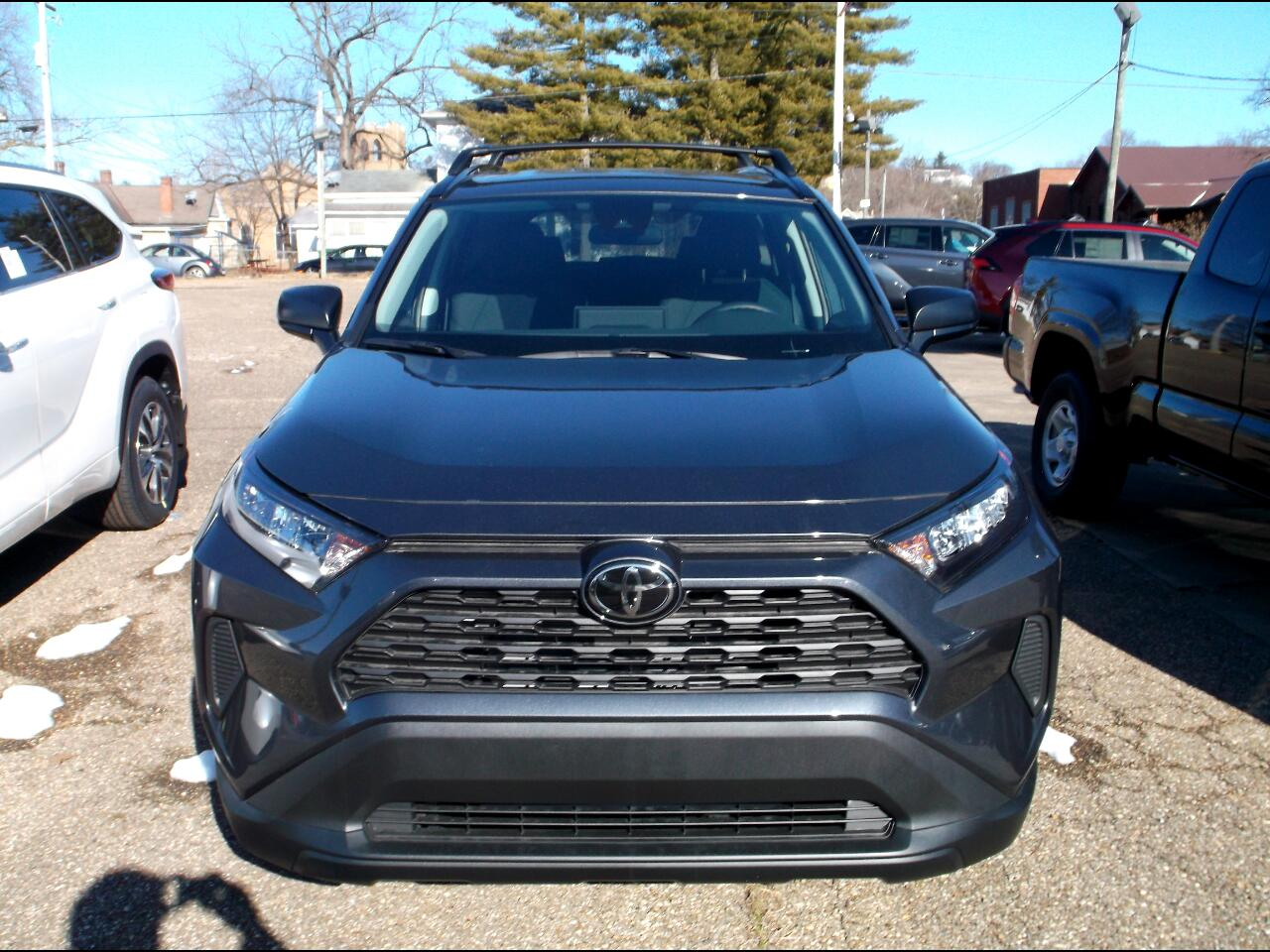 Toyota RAV4 LE AWD (Natl) 2021