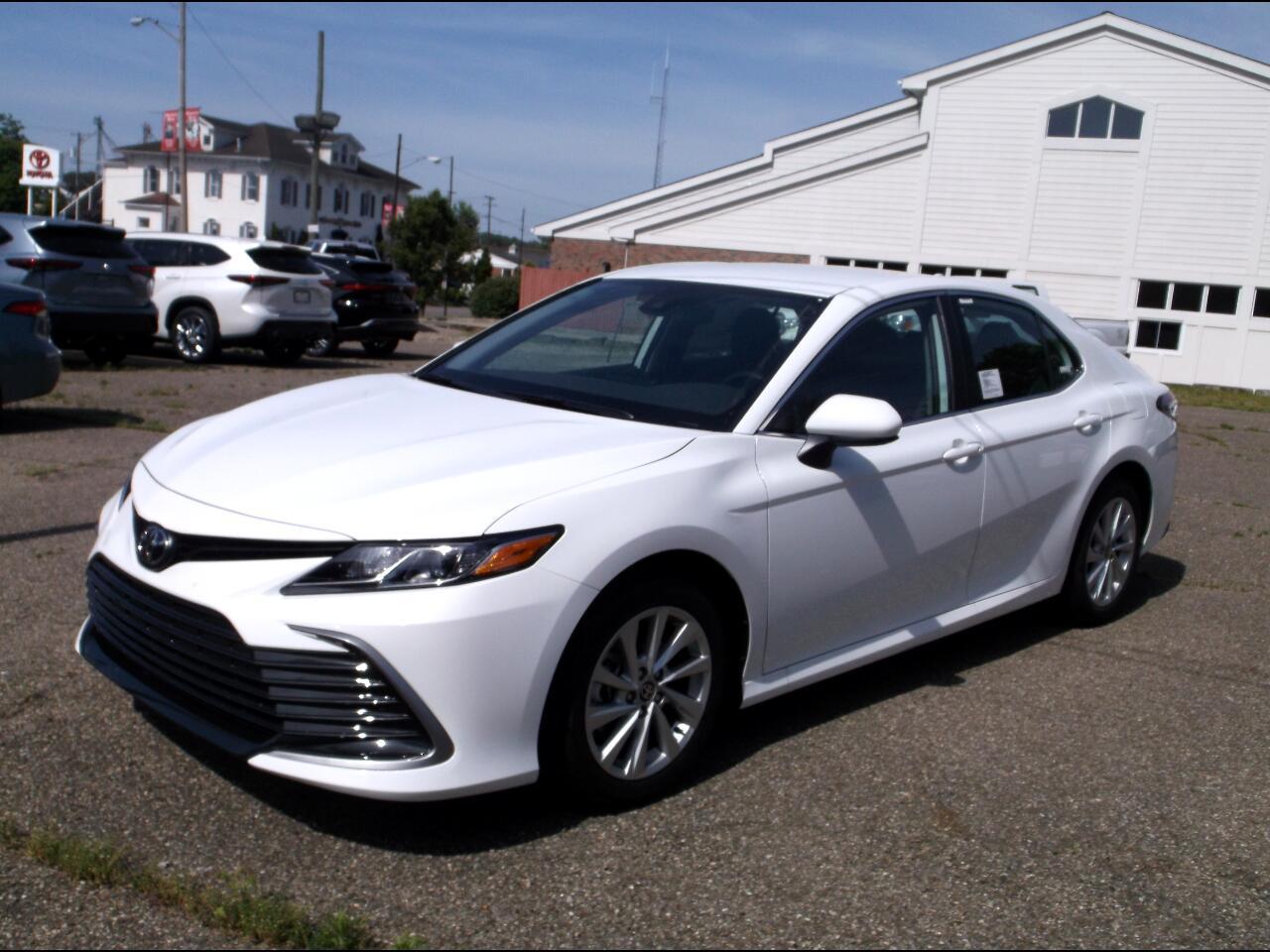 2021 Toyota Camry LE Auto (Natl)