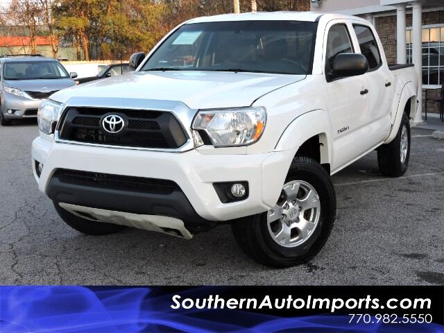 2015 Toyota Tacoma Double Cab TRD OFF ROAD 4x4 w/ Touch Screen