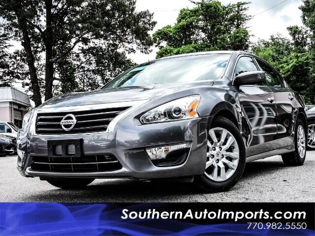 2015 Nissan Altima 2.5 S w/Bluetooth Audio Stream and Power Seat