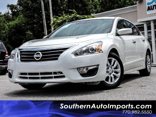 2015 Nissan Altima 2.5 S w/Bluetooth Power Seat 1 owner