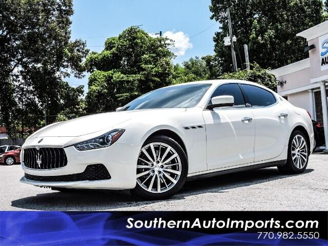 2015 Maserati Ghibli Base w/Navigation Sunroof