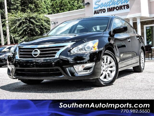2015 Nissan Altima 2.5 S w/Back Up Camera 1owner