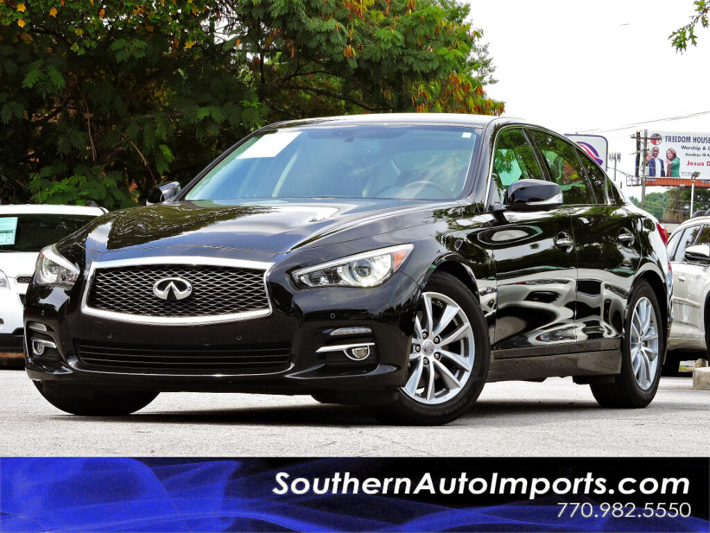 2015 Infiniti Q50 Premium w/Navigation Deluxe Touring package