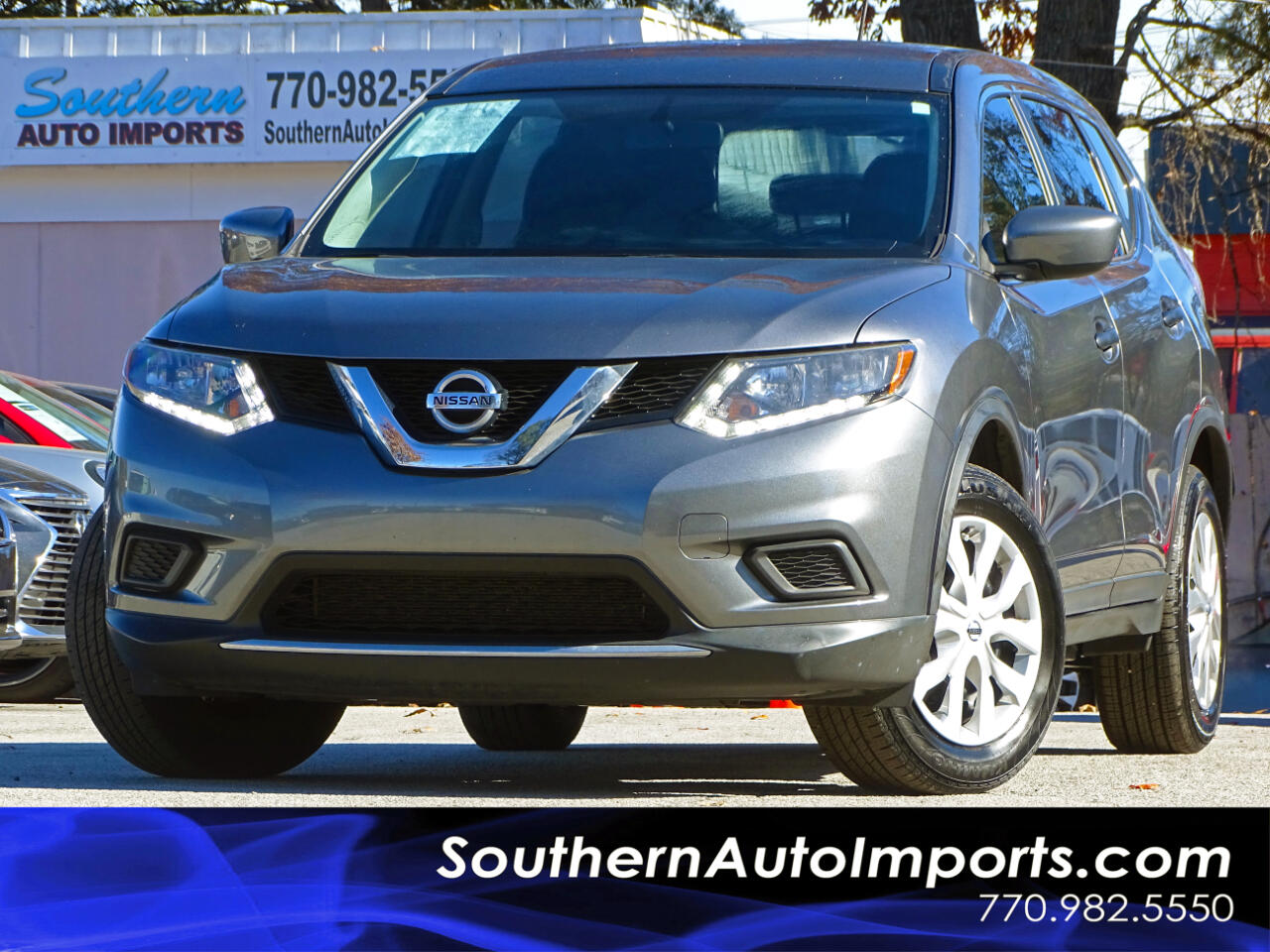 2016 Nissan Rogue S w/Back Up Camera Bluetooth