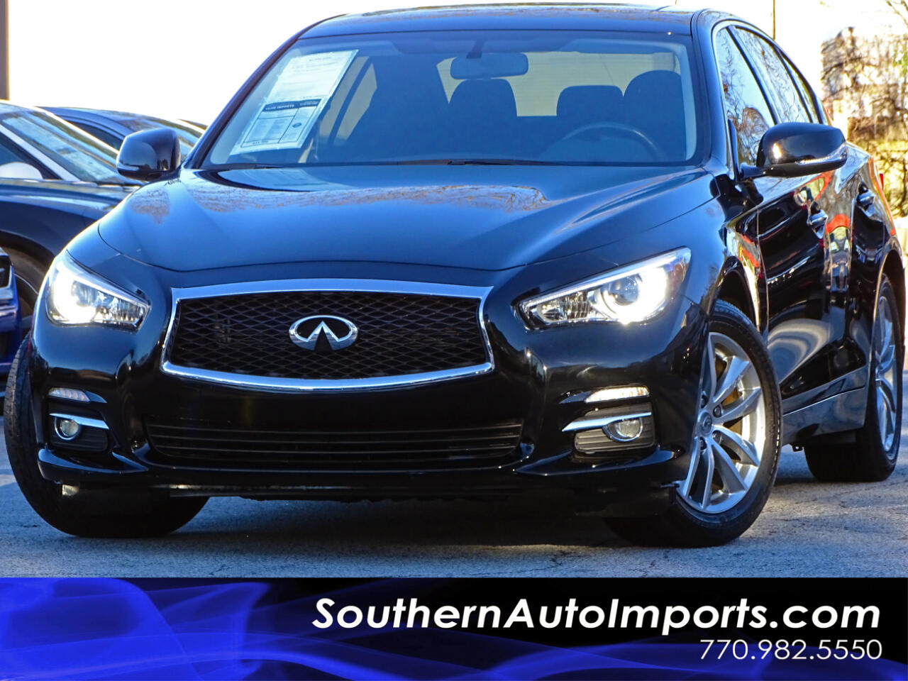 2015 Infiniti Q50 Premium AWD w/Back Up Camera Sunroof