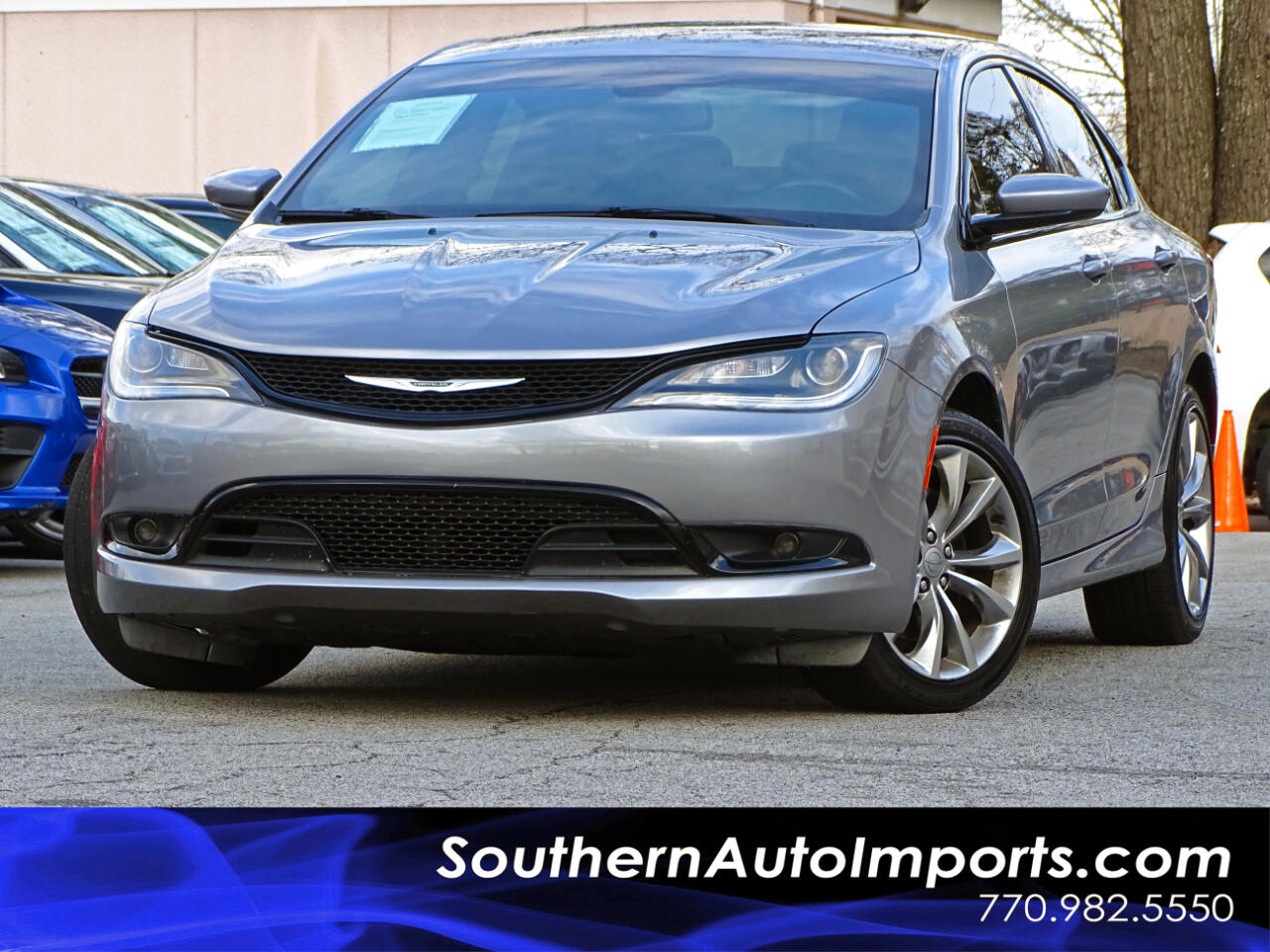 2015 Chrysler 200 S w/Bluetooth Satellite Radio