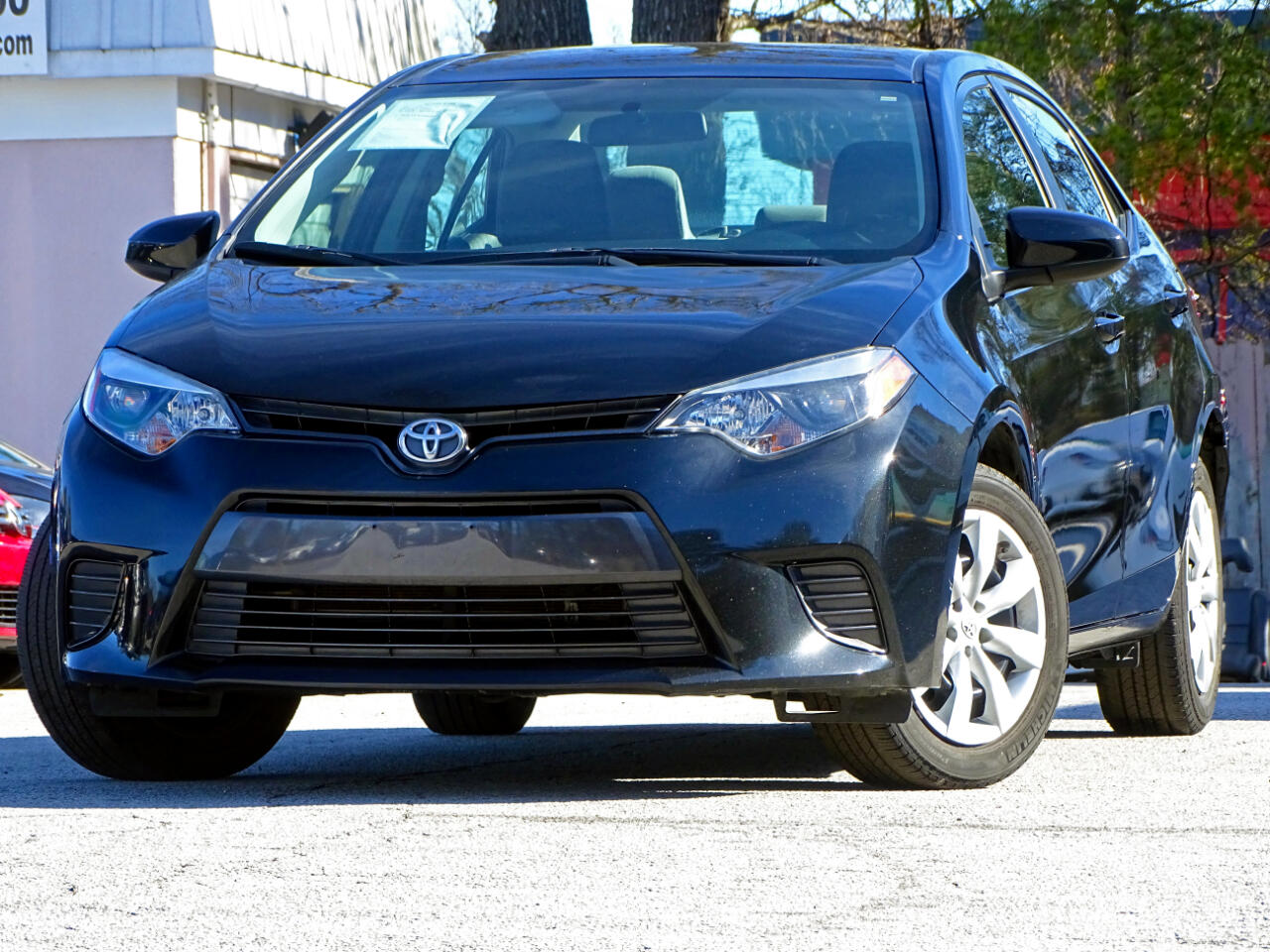 2016 Toyota Corolla LE w/Back up Camera Bluetooth
