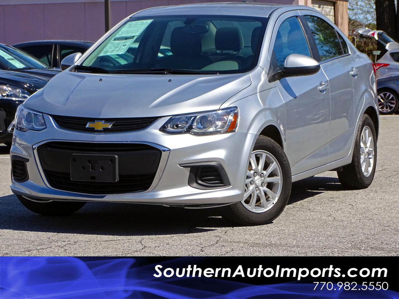2017 Chevrolet Sonic LT w/Back up Camera Heated Seats