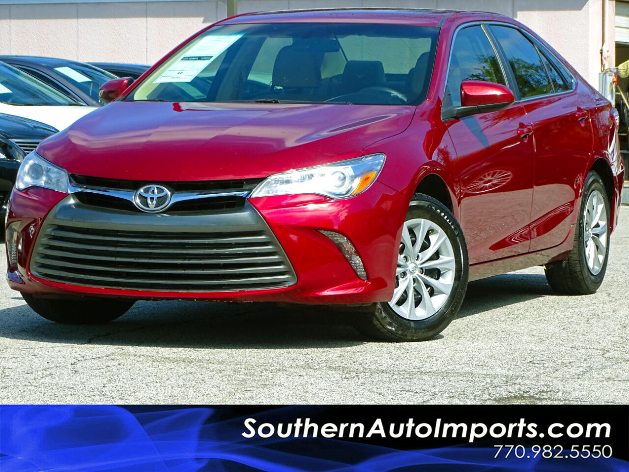 2017 Toyota Camry LE w/Back up Camera Bluetooth