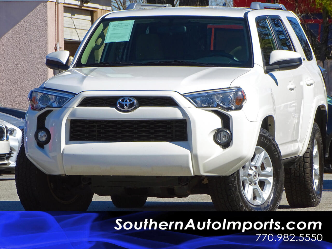 2016 Toyota 4Runner SR5 w/Back up Camera Bluetooth