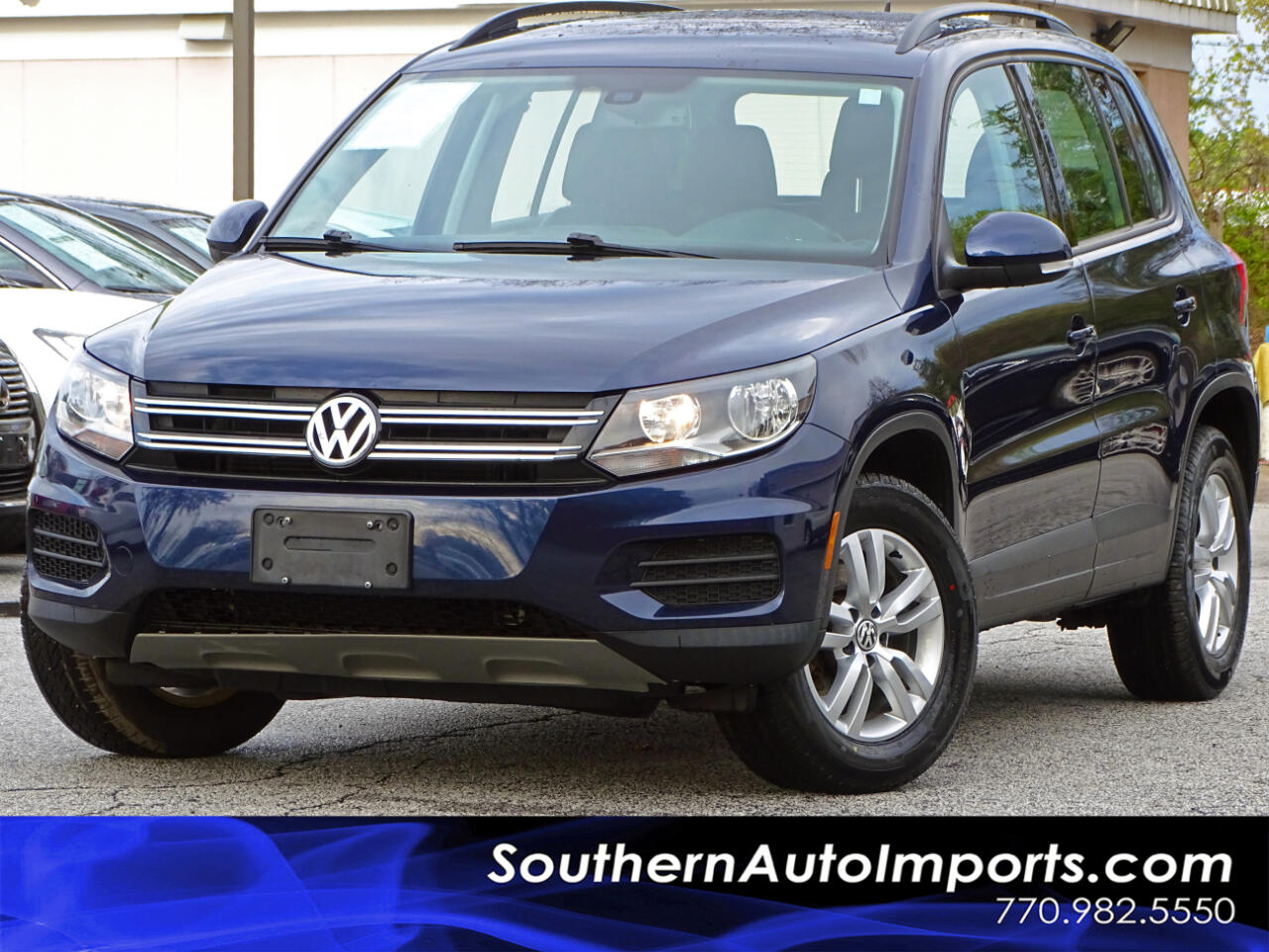 2016 Volkswagen Tiguan Auto w/ Back up Camera Heated Seats