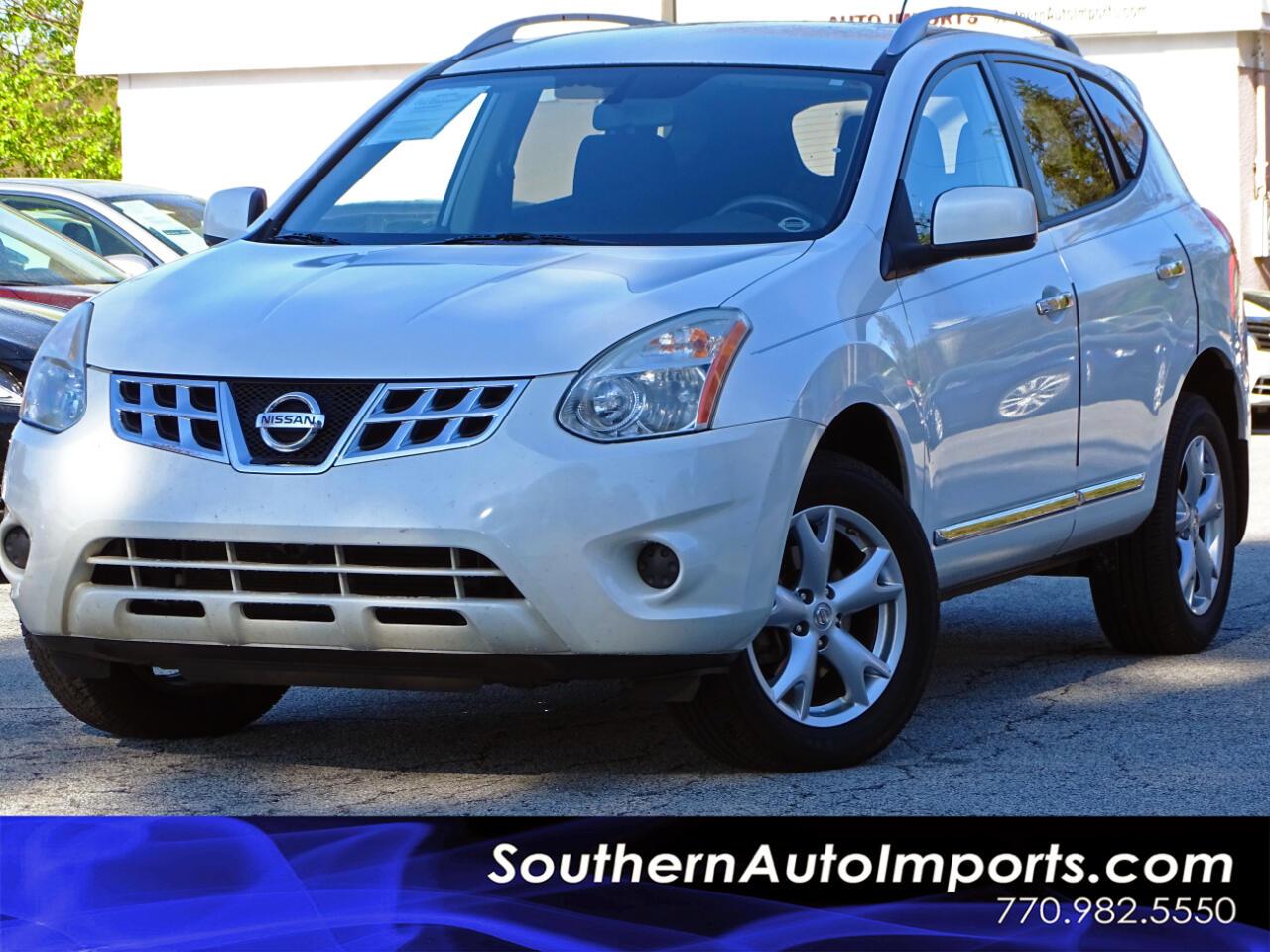 2011 Nissan Rogue SV w/Back up Camera Bluetooth Keyless