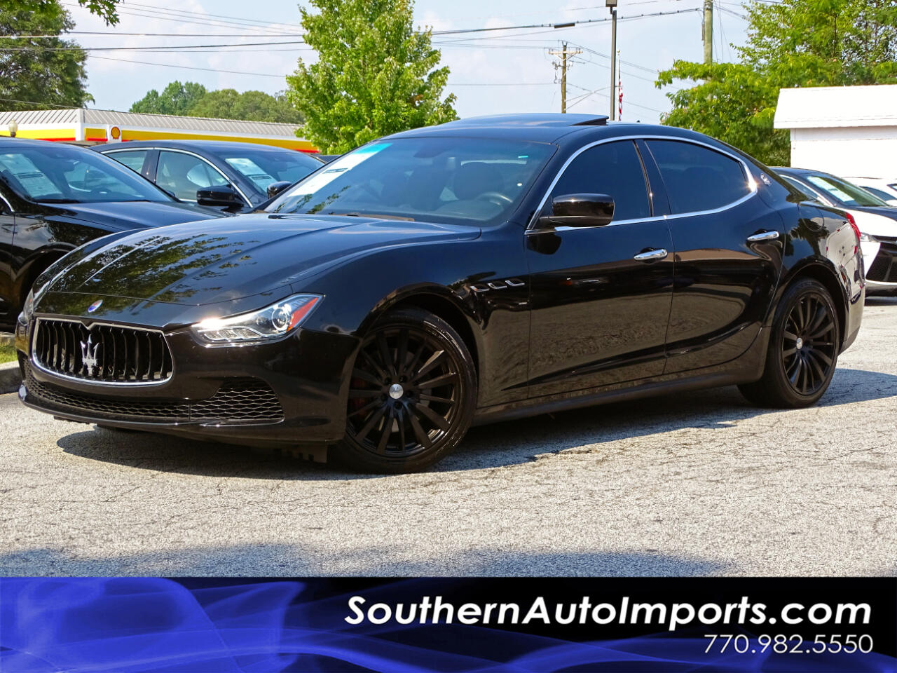 2016 Maserati Ghibli SDN w/Back up Camera Heated Seats