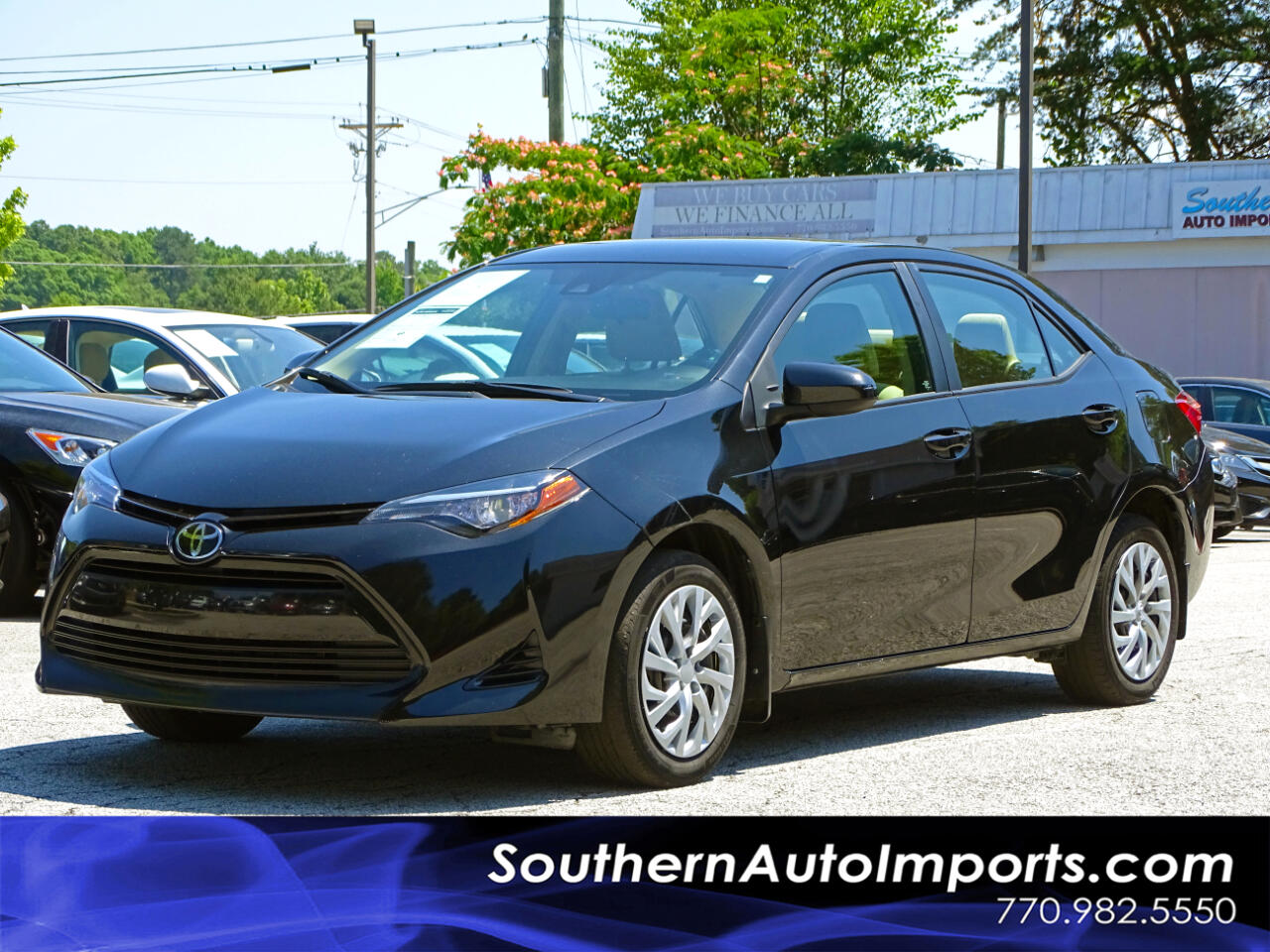 2017 Toyota Corolla LE w/Back up Camera Bluetooth Connection