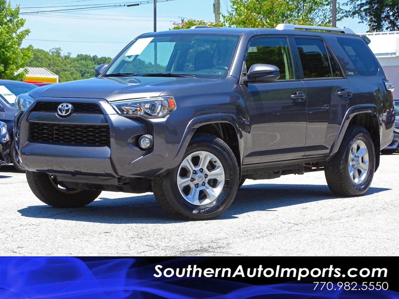 2014 Toyota 4Runner SR5 w/Back Up Camera Nav Third row seats