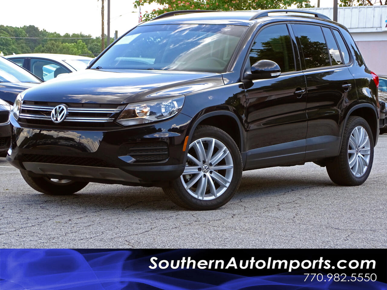 2016 Volkswagen Tiguan 2.0T S w/Back Up Camera