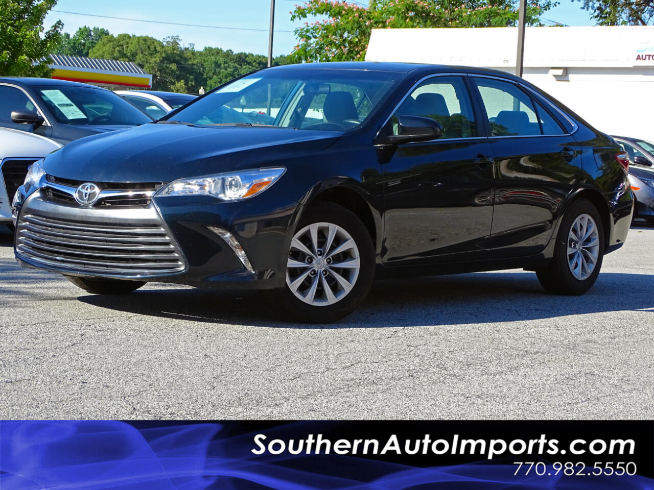 2016 Toyota Camry LE Back up Camera Bluetooth Connect