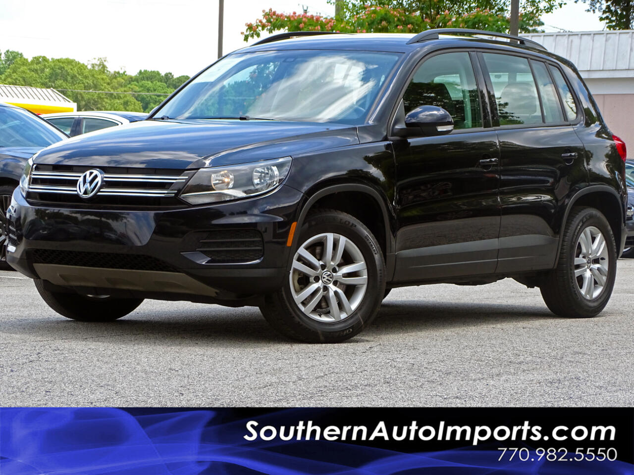 2017 Volkswagen Tiguan 2.0T S w/Back up Camera Heated Seats