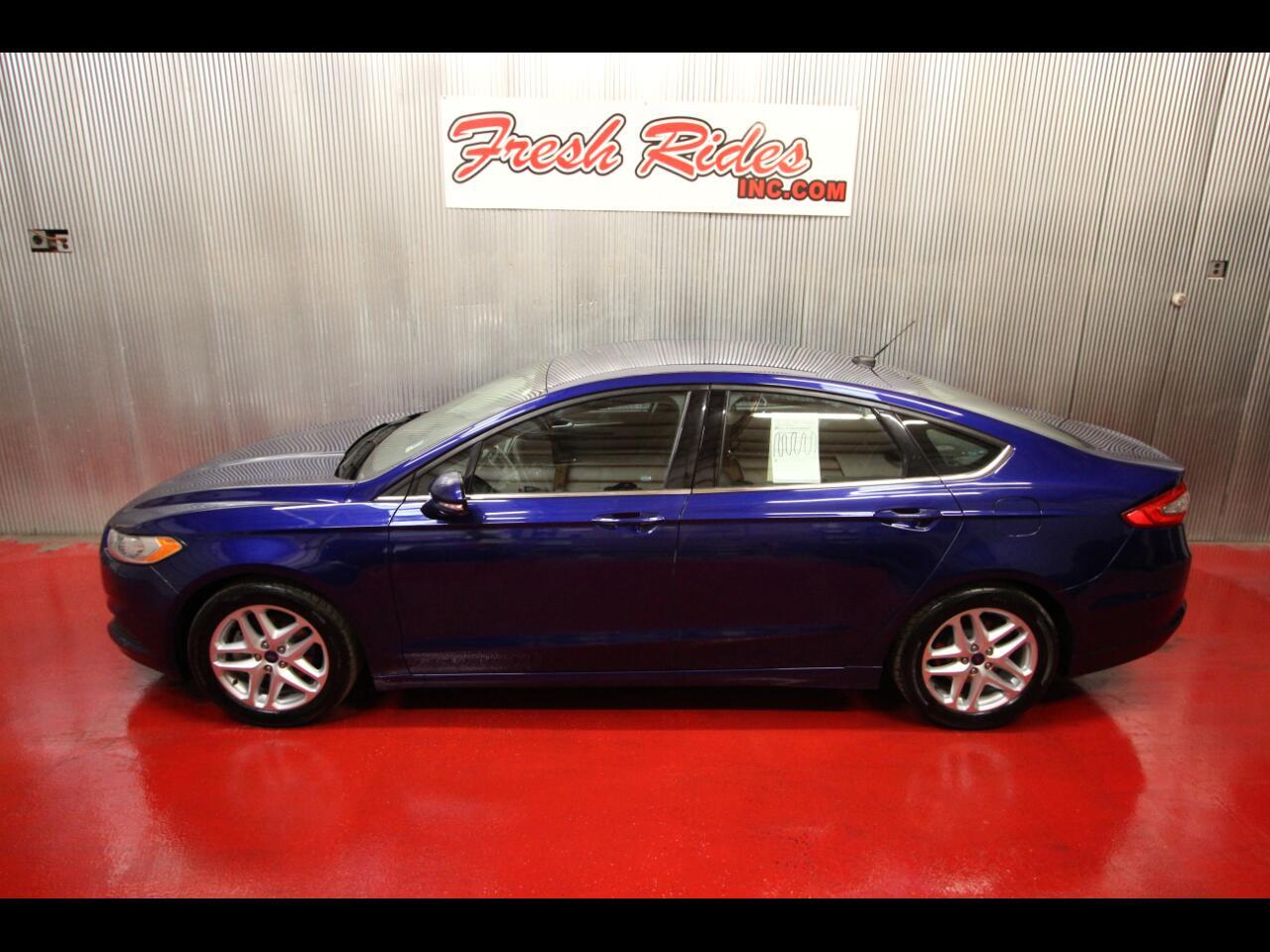 2015 Ford FUSION SE Sedan 4dr
