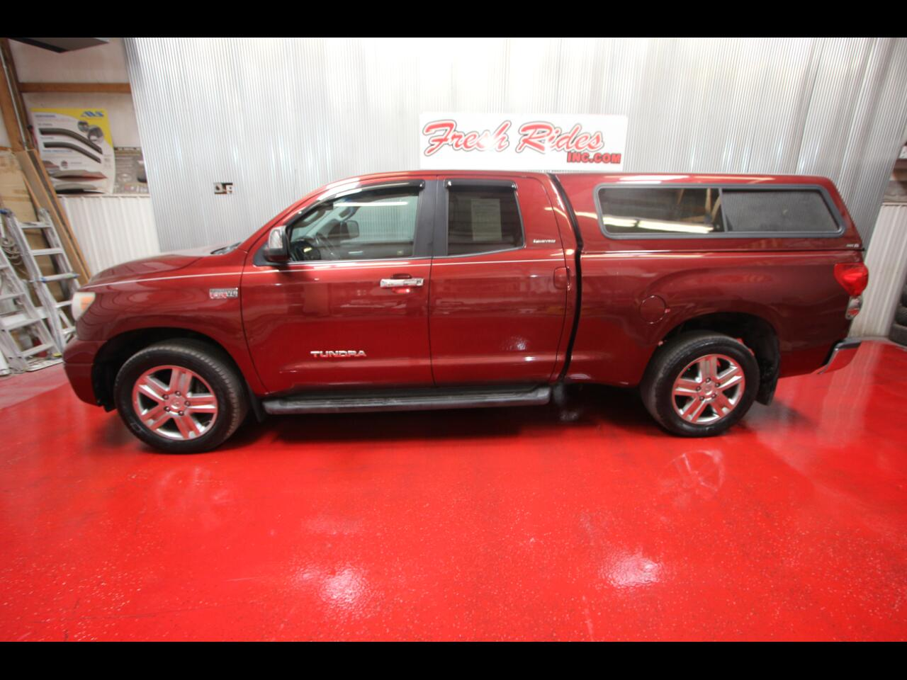 Toyota Tundra 4WD Truck Dbl 5.7L V8 6-Spd AT LTD (Natl) 2008
