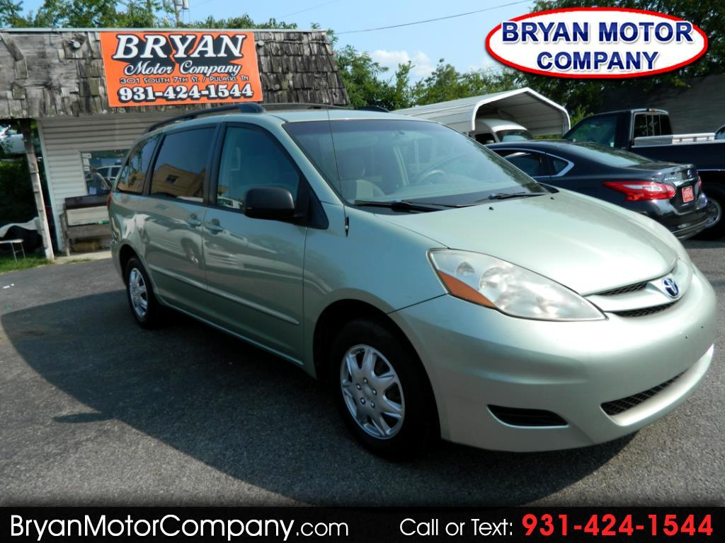2006 Toyota Sienna LE FWD 7 Passenger