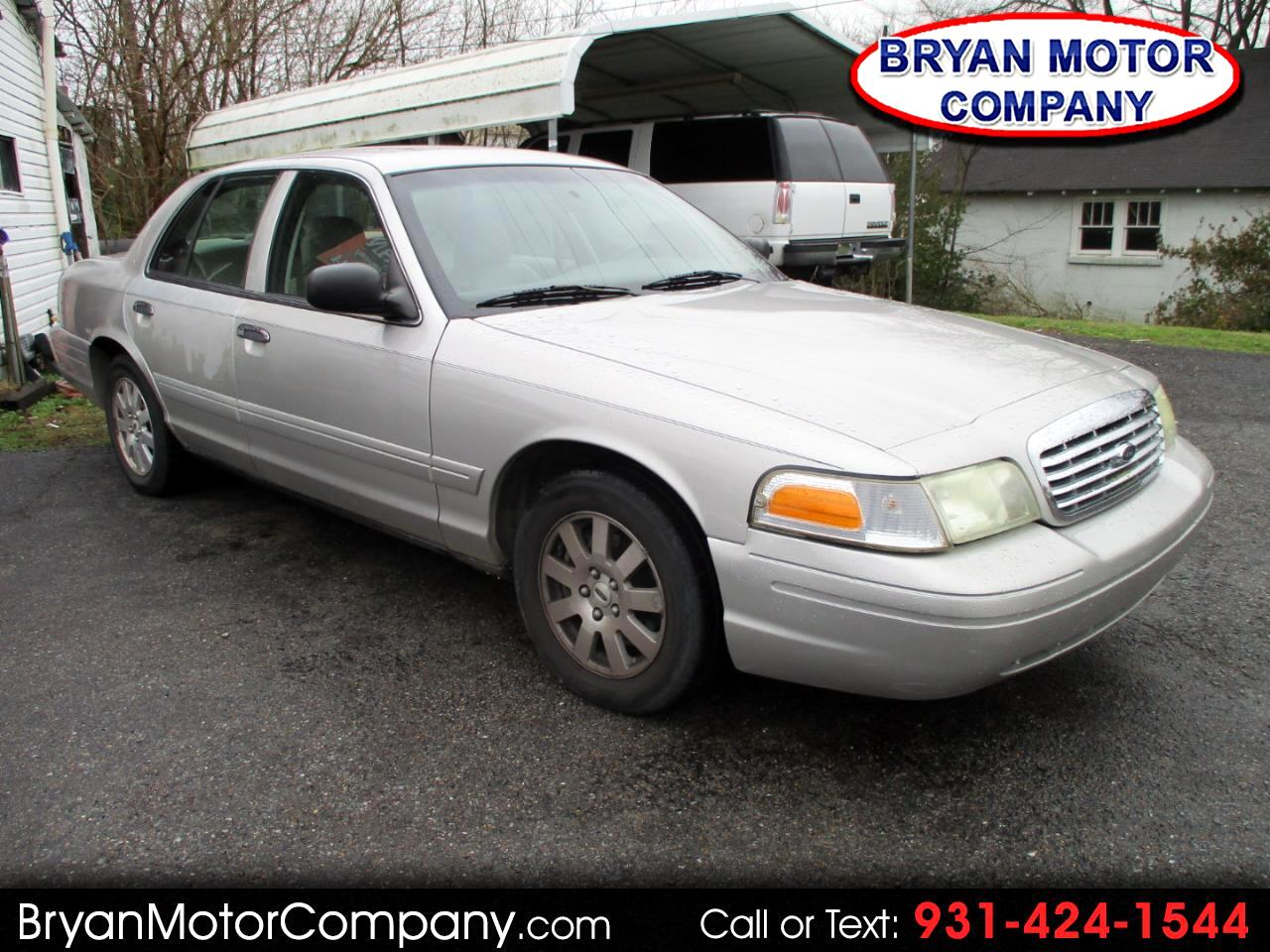 Ford Crown Victoria 4dr Sdn LX 2006