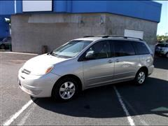 2005 Toyota SIENNA LE/