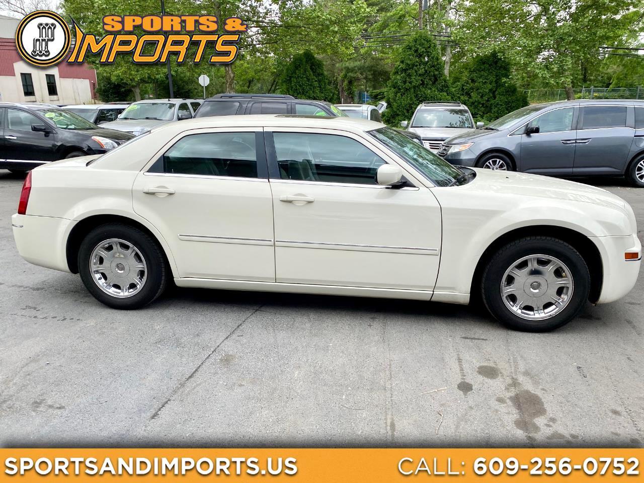 Chrysler 300 4dr Sdn 300 Touring 2006