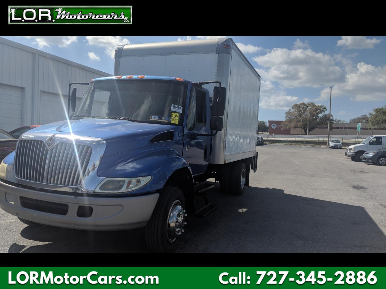 2004 International 4200 LP