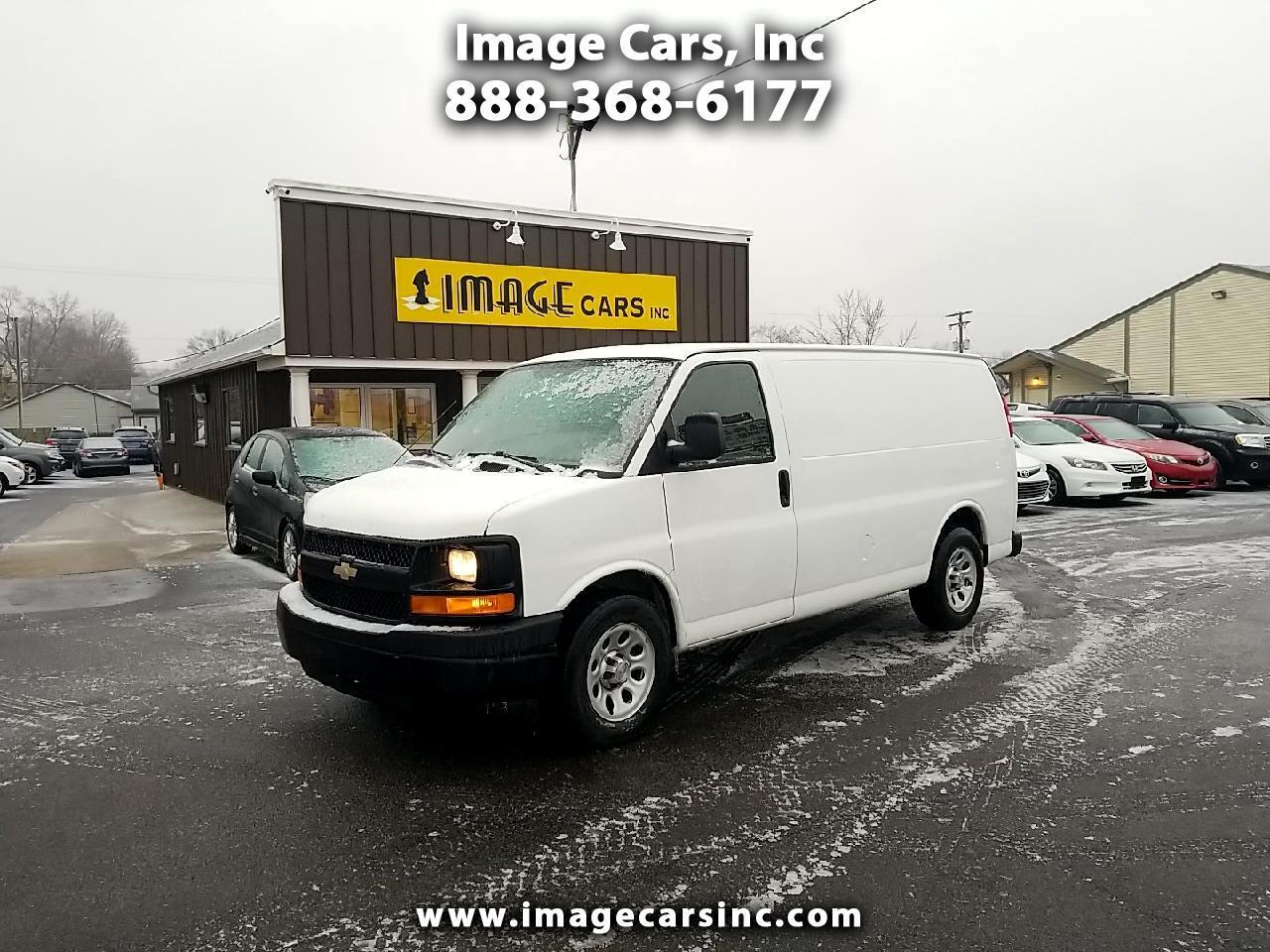 """Chevrolet Express Cargo Van RWD 1500 135"""" 2011"""
