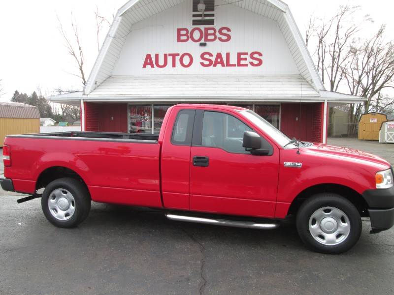 2006 Ford F-150 XL Reg. Cab Long Bed 2WD