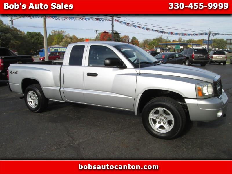 Dodge Dakota SLT Club Cab 4WD 2007