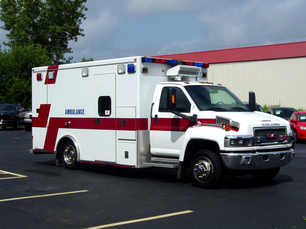 2007 GMC TC4500 ROAD RESCUE AMBULANCE
