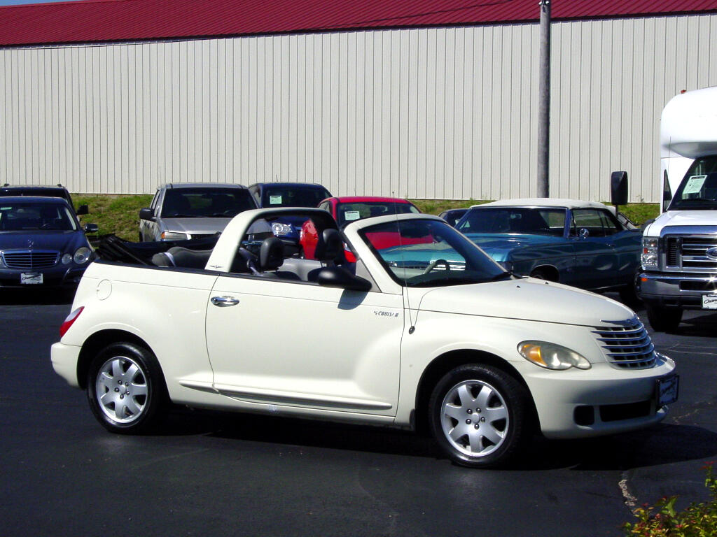 2006 Chrysler PT Cruiser 2dr Convertible