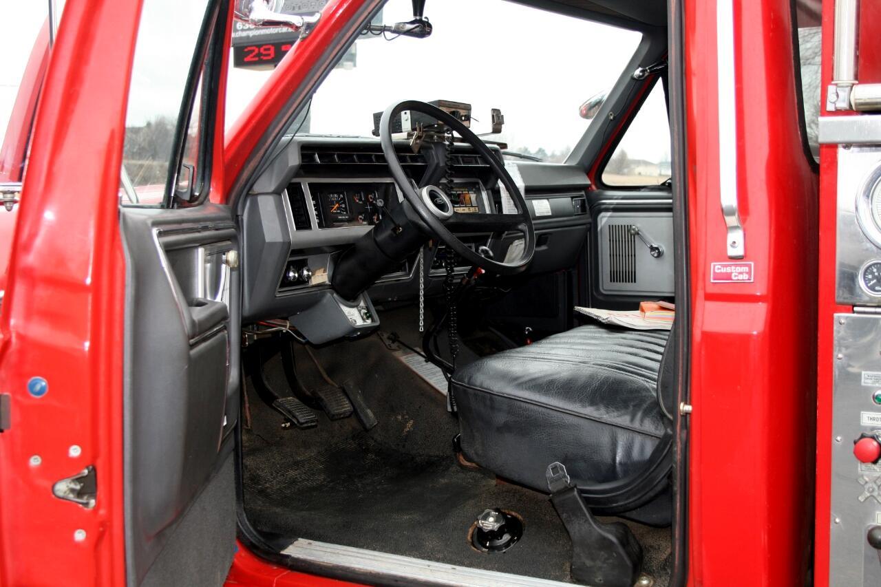 1985 Ford F8000 WELCH PUMPER FIRE TRUCK