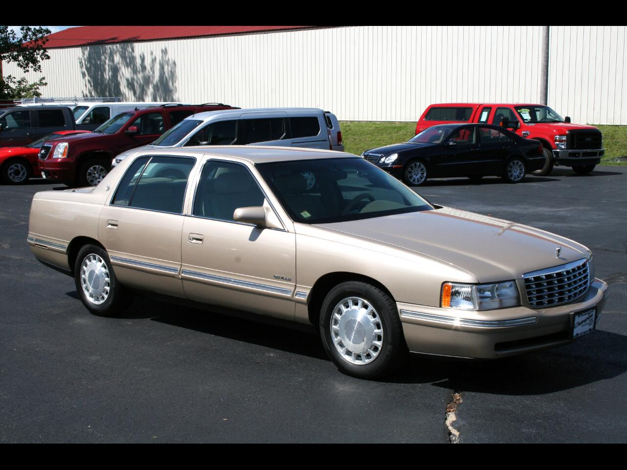 1998 Cadillac DeVille 4dr Sdn