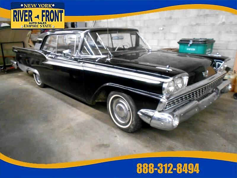 1959 Ford Galaxie 500 Fairlane 2dr club
