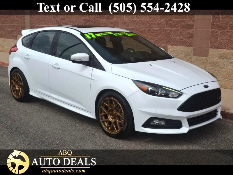 2017 Ford Focus ST 3 Hatch