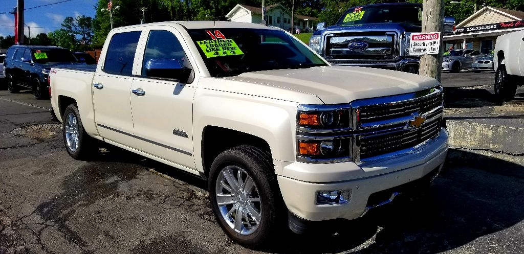 "2014 Chevrolet Silverado 1500 4WD Crew Cab 143.5"" High Country"