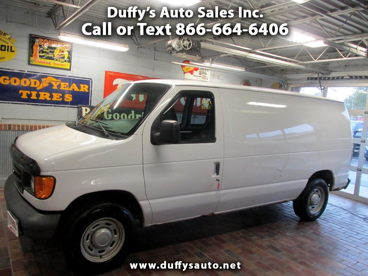 2005 Ford Econoline Cargo Van E-150