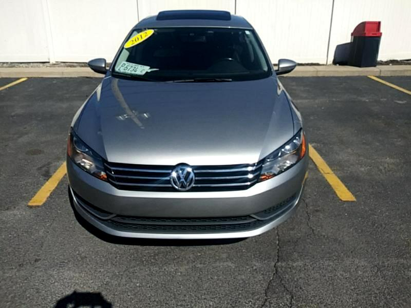 Volkswagen Passat 2.5L SE AT 2012