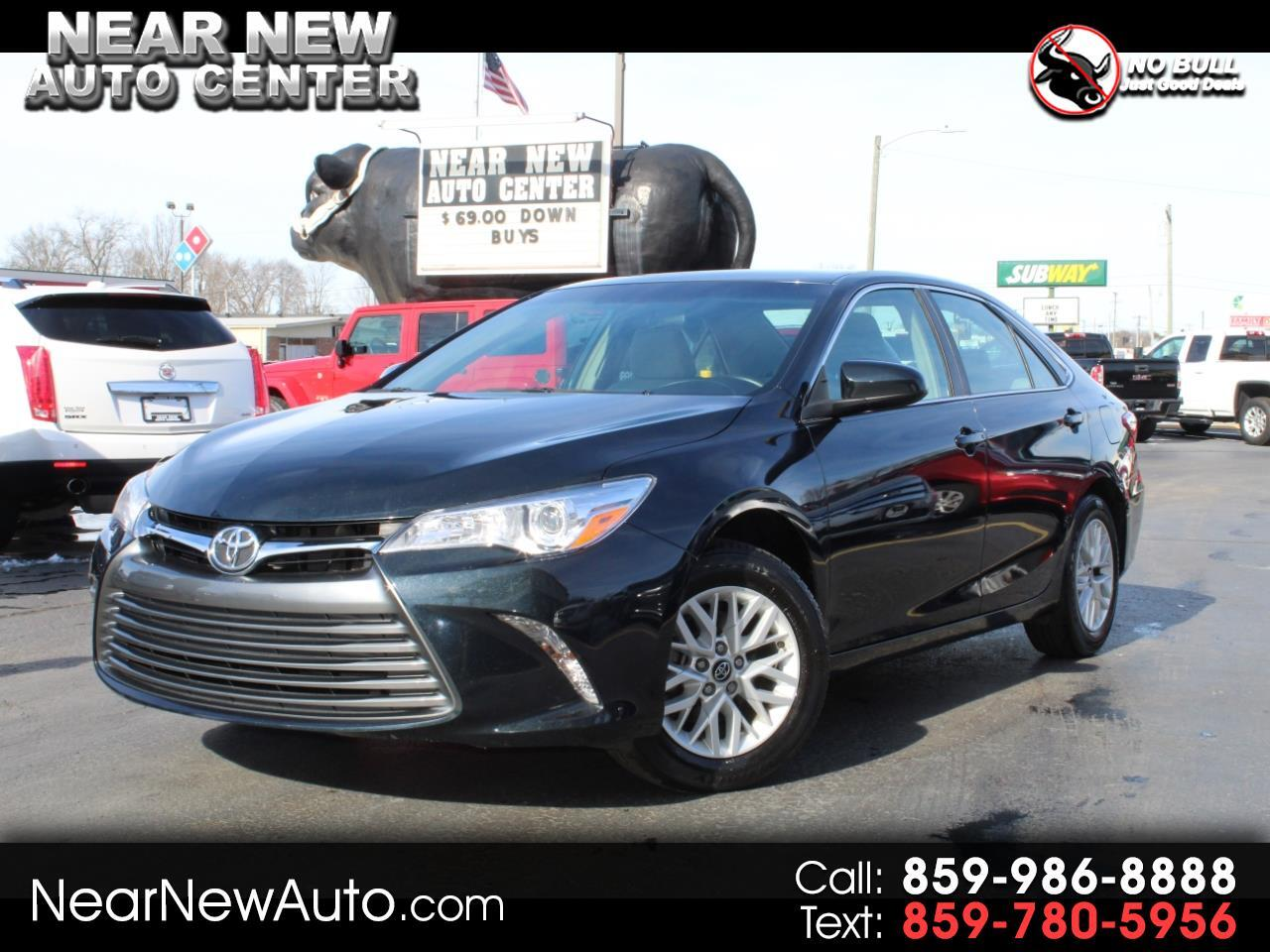 2017 Toyota Camry 4dr Sdn LE Auto