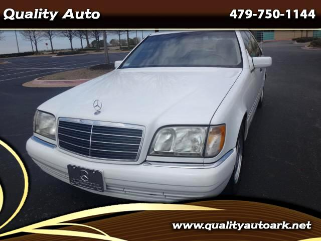 1997 Mercedes-Benz S-Class S320 standard-wheelbase sedan