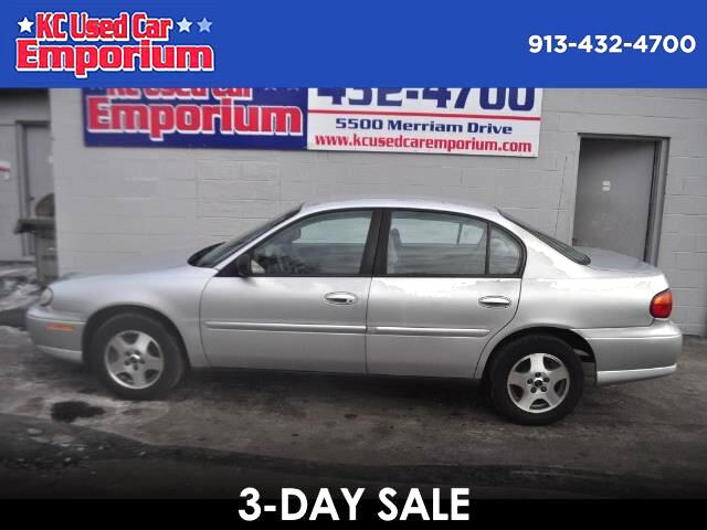 2004 Chevrolet Classic 4dr Sdn