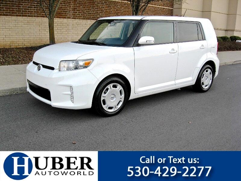 2013 Scion xB 5-Door Wagon