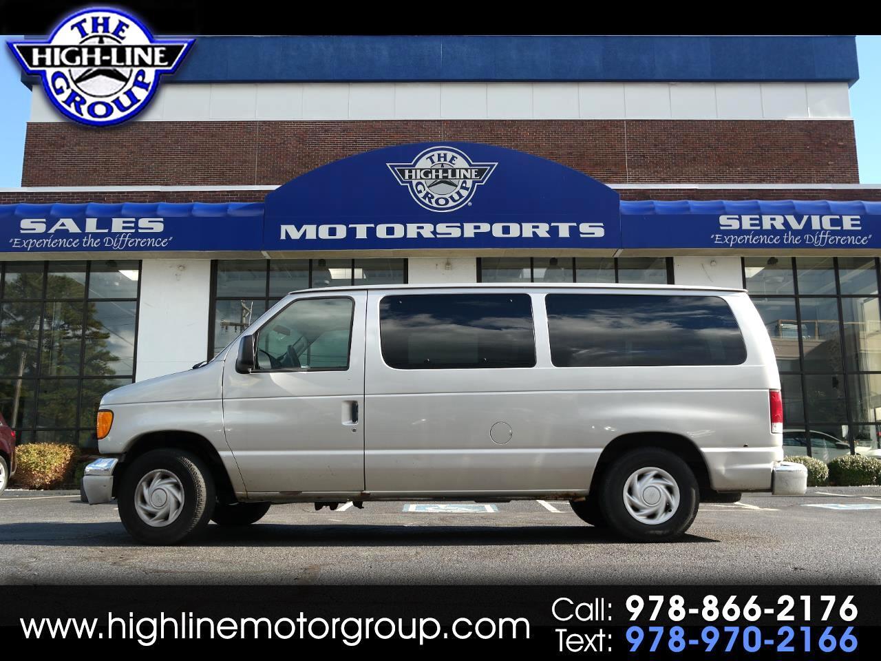 2003 Ford Econoline Wagon E-150 Chateau