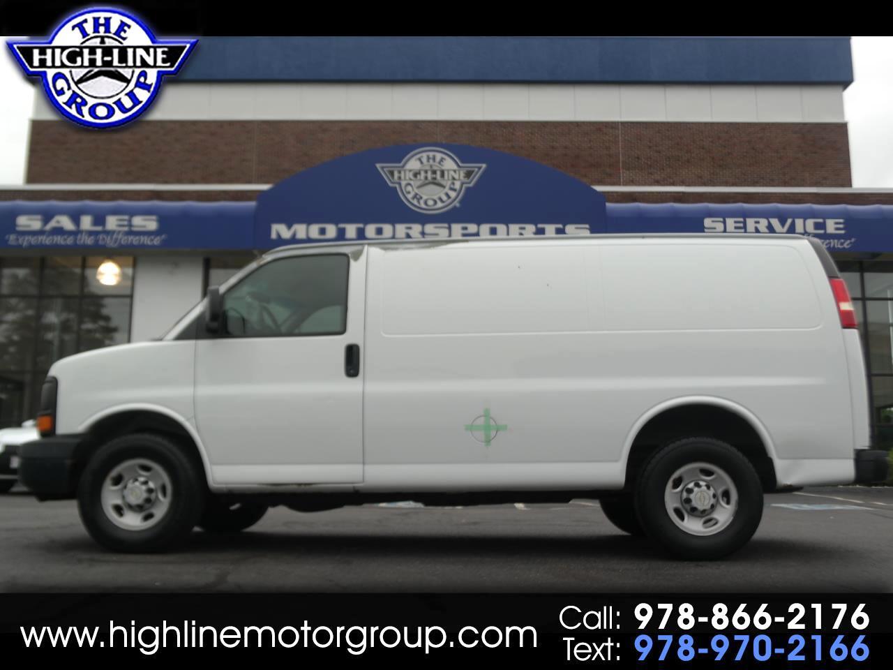 2007 Chevrolet Express Cargo Van RWD 2500 135
